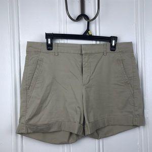 Vince khaki roll up cuffed tan sand pockets shorts